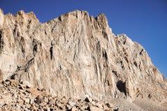 Brant berg, sequoianationalpark, montering Whitney Trail, östlig toppig bergskedja berg, Kalifornien arkivbilder