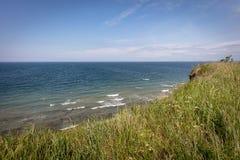 brant kust av Boltenhagen in fine weatherv arkivbild