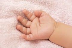 Bras de bébé Photos libres de droits