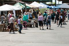 People Walk And Shop For Antiques At Georgia Antique Festival Stock Photography