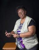 Brasilen@o africano mayor de la mujer fotografía de archivo libre de regalías