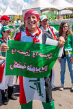Brasilia, Brasile 4 agosto 2016: I fan di calcio iracheni si riuniscono fuori dello stadio di Mané Garrincha Fotografia Stock