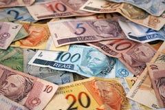 Brasiliansk pengarbakgrund Arkivfoton