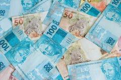 Brasilianska pengar, reais som högt är nominella/begrepp av framgång Arkivfoto
