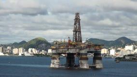 Brasilien - Öl Rig In Rio de Janeiro stock video