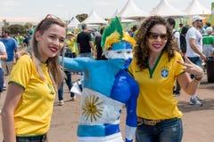 Brasilien, Brasilien 10. August 2016: Honduranische und brasilianische Fußballfans Lizenzfreie Stockfotografie