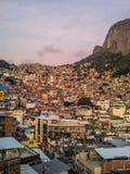Brasilien - Favela av Rocinha i Rio de Janeiro arkivbilder
