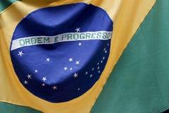Brasilien flagga i detalj och rörelse Arkivfoton