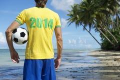 Brasilien-Fußball-Spieler 2014 auf Nordeste-Strand Lizenzfreie Stockfotos