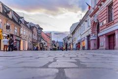 Brasov, Румыния - 14-ое марта: Квадрат совету 14-ого марта 2016 Стоковые Изображения