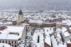 Brasov centraal vierkant in de wintertijd Stock Foto's