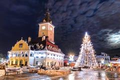 Brasov, de Raad Vierkant, Kerstmis in Roemenië Stock Afbeelding