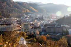 Brasov, la Transilvania, Romania - Novemrer 19, 2016: il quadrato centrale di vecchia città Brasov transylvania Vista da Fotografia Stock