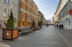 Brasov medeltida gator Fotografering för Bildbyråer