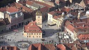 Brasov quadra, la Transilvania, Romania, vista aerea video d archivio