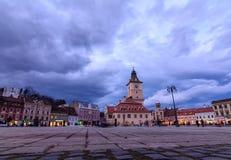 Brasov, Rumänien - 23. Februar: Das Rats-Quadrat am 23. Februar Lizenzfreies Stockfoto