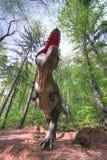 BRASOV, RUMÄNIEN - JUNI 2015: Wirklich-groß Dinosaurier bei Rasnov Dino Lizenzfreies Stockbild