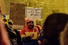 Brasov, Rumania: Todos para justicia protesta diciembre de 2017 Imagenes de archivo