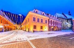 Brasov, Rumunia - boże narodzenie rynek w Transylvania obrazy royalty free