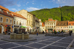 Brasov, Transylvania, Rumunia Kwiecień 29, 2015: Brasov rada Sq Obrazy Royalty Free