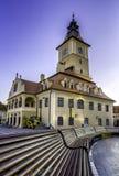 Brasov, Transylvania Rumunia, Lipiec, - 28, 2015: Brasov rada kwadrat jest dziejowym centrum miasto obraz stock