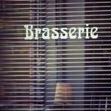 Brasserie παράθυρο το βράδυ Στοκ Φωτογραφία