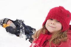 Dzieciaki w śniegu Zdjęcia Royalty Free