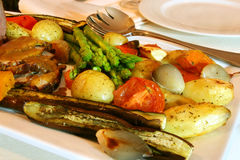 Braten-Rindfleisch und Gemüse stockbild