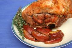 Bratenschweinefleisch mit Kartoffeln Lizenzfreies Stockfoto