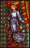Bratislava - ängel från fönsterruta på västra portal av St.-morgonböndomkyrkan från. cent 19. Arkivbilder