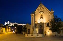 Bratislava - capuchin s kerk en kasteel Royalty-vrije Stock Afbeelding