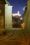 Bratislava - castello dalla vecchia città Fotografia Stock Libera da Diritti
