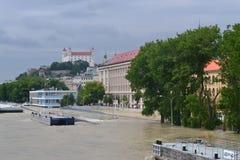 Bratislava che sommerge il Danubio 3 Immagini Stock Libere da Diritti
