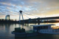 Bratislava, Danubio, ponte del UFO, SNP Immagine Stock Libera da Diritti