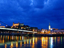 Bratislava del centro di notte Immagini Stock