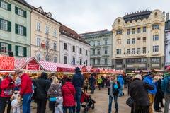Bratislava, Eslovaquia - 25 de noviembre de 2017: Opinión sobre marca de la Navidad foto de archivo