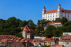 Bratislava kasztel i domy Zdjęcia Royalty Free