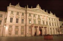 Bratislava la nuit Photographie stock libre de droits