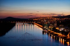 Bratislava miasto Przy półmrokiem Fotografia Royalty Free