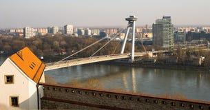 Bratislava, rivier Donau, brug Royalty-vrije Stock Fotografie