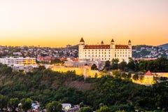 Bratislava slott i huvudstad av den slovakiska republiken Royaltyfria Foton