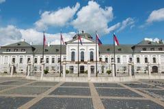 Bratislava - slotten för presidenter (eller Grasalkovic) Arkivfoto