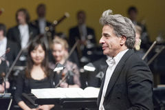 BRATISLAVA, SLOVAQUIE - 4 décembre : Julian Kovatchev au concert sur le 4ème de décembre 2013 à Bratislava Image stock