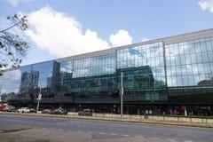 Bratislava, Slowakije - mag 7de 2019: Hockeystadion 3 dagen vóór het Kampioenschap van de Hockeywereld stock foto's