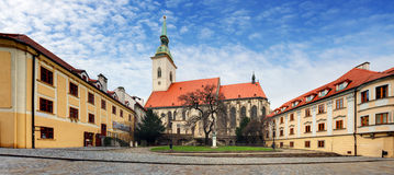 Bratislava - St Martin kathedraal, Slowakije stock fotografie