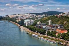 Bratislava stad på Danube River Fotografering för Bildbyråer
