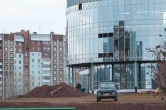 Bratsk, calle Krupskoy 58 y x22; Prospekt& x22; Foto de archivo libre de regalías