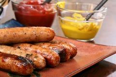 Bratwurst grillée prête à servir Image stock