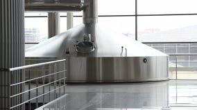 Brauenproduktion - Breibottiche stock video