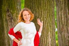 Braunäugiges rothaariges schönes Mädchenporträt Lizenzfreies Stockfoto